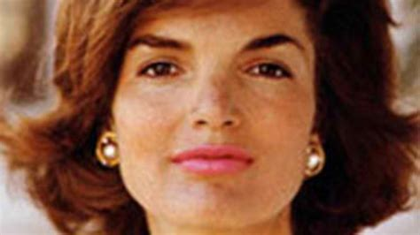 celebrity lookalike jackie kennedy s granddaughter is her things you didn t know about rose schlossberg