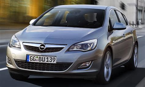 vauxhall astra automatic opel astra 2010 official img 1 it s your auto world