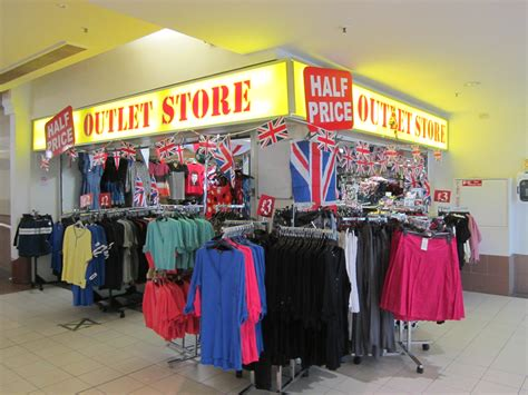 Outlet Stores by File Outlet Store Inside The Cherry Tree Shopping Centre Liscard Jpg Wikimedia Commons