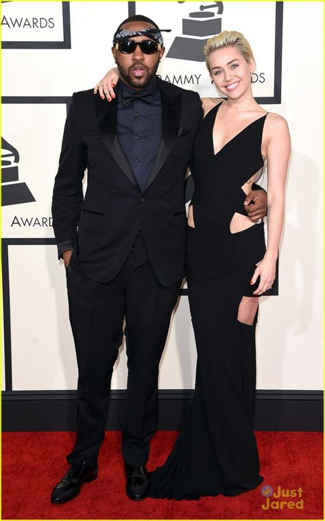 goes at the grammys sized photo of miley cyrus grammys 2015 carpet 10
