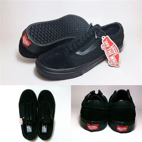 Sepatu Vans Authentic All Black vans skool black shoes shop id