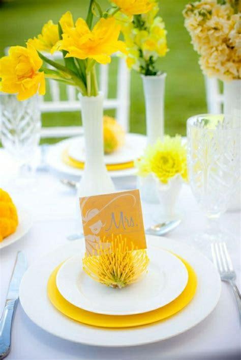 Tischdeko Hochzeit Gelb by Hochzeit Im Fr 252 Hling Deko Ideen Mit Fr 252 Hlingsblumen