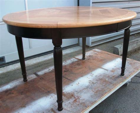 Table de style Louis Philippe en merisierArt'ébèn