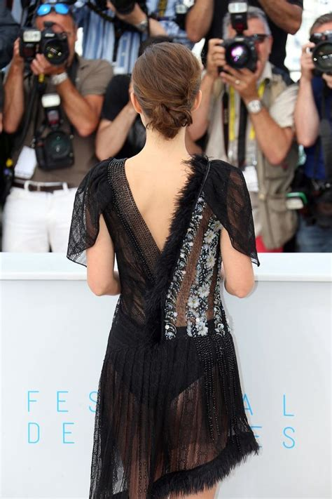 Dress Fania Set natalie portman flashes knickers in revealing see