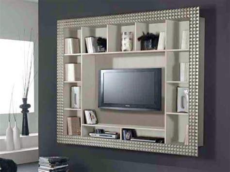cornice per televisione oltre 25 fantastiche idee su design per parete tv su