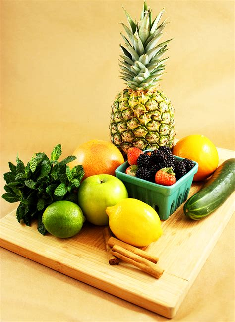 Fruits And Vegetables For Detox Water by 4 Diy Detox Waters