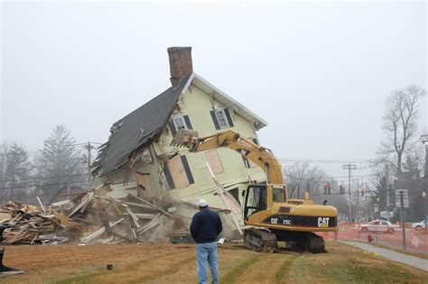demolishing a house 7 questions to ask before hiring a house demolition company world executives digest