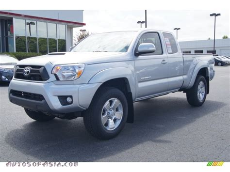 toyota tacoma silver 2012 toyota tacoma v6 trd sport access cab 4x4 in silver