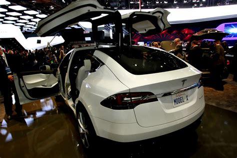 New Tesla Models Suv Minivan Or All Wheel Drive Tesla Model X Will Be