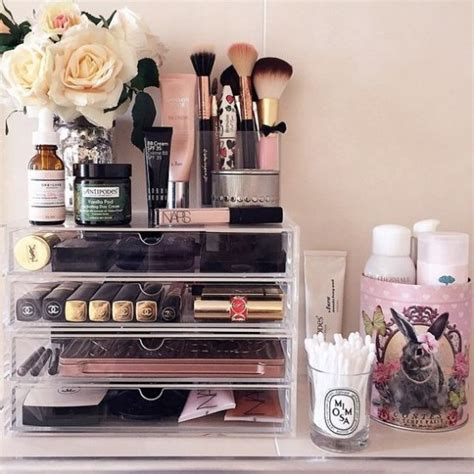 How To Organize Makeup Drawers by 19 Neat Ways To Organize Your Makeup And Hair Products Godfather Style