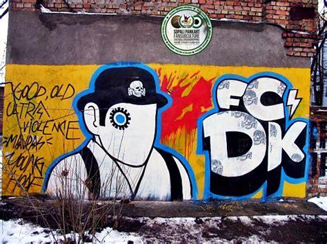 ultras graffiti  sopali pankart ultra subculture