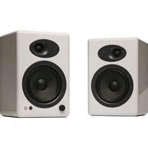 White Bookshelf Speaker Audioengine A5 5 Quot Active 2 Way Speakers Pair White A5 W