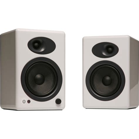Minimalist Computer Speakers by Audioengine A5 5 Quot Active 2 Way Speakers Pair White A5 W