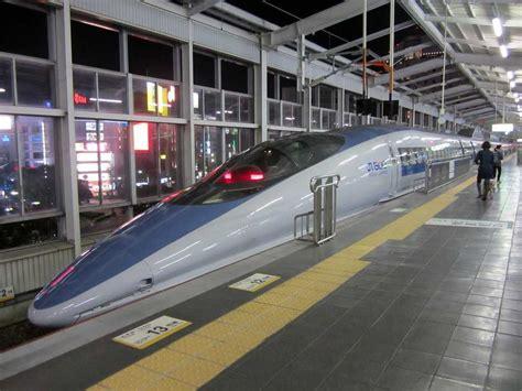 Mini 2 Di Jepang 70 persen liburan di jepang banyak dihabiskan dengan menggunakan kereta oleh christie damayanti