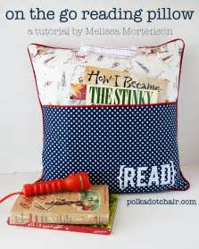 Reading Pillows For by On The Go Reading Pillow Tutorial The Polkadot Chair