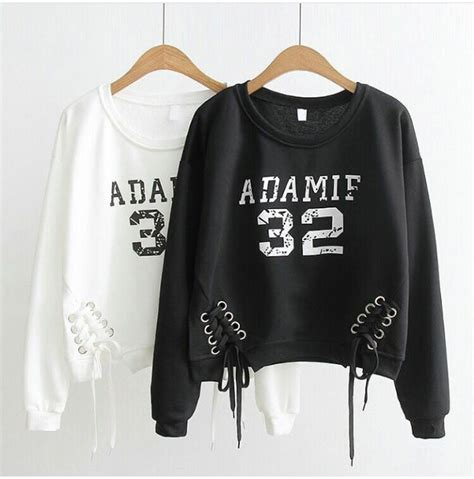 Baju Sweater Pleats Hitam Putih Sweater jual sweater adamif 32 sweater angka sweater hitam sweater