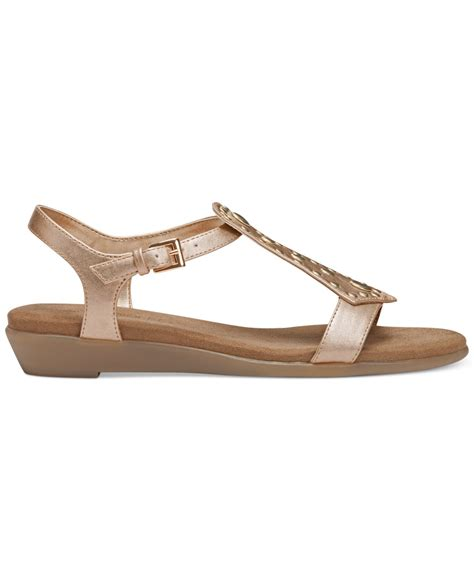 aerosoles gladiator sandals aerosoles athens gladiator sandals in metallic lyst