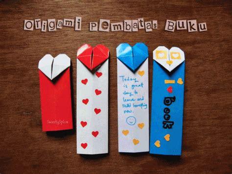Buku Origami - tutorial origami pembatas buku bookmark