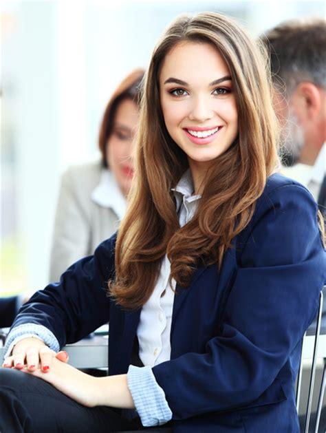 Bilder Bewerbung Kleidung Die Perfekte Business Kleidung F 252 R Frauen Hosenanzug Kost 252 M Und Schuhe F 252 R Den