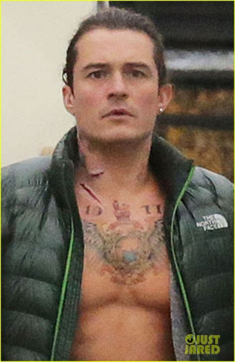 orlando bloom tattoo orlando bloom gets shirtless with fake tattoos for