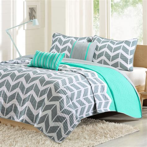 kohls twin comforters intelligent design elle chevron reversible coverlet set