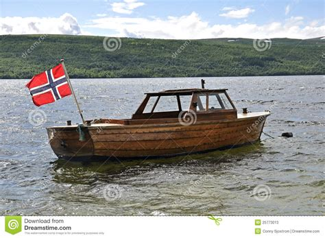norwegian boats norwegian flag on a old boat stock photos image 25773013
