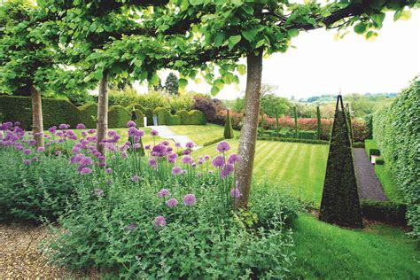 highgrove cotswolds gardens tour the garden