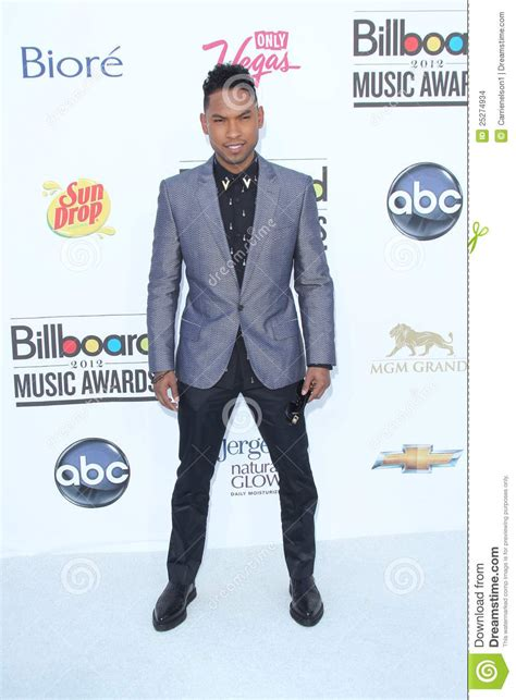 miguel photos photos 2012 billboard music awards miguel arrives at the 2012 billboard awards editorial