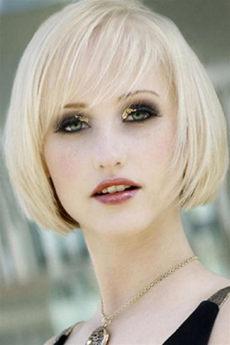 chin length blonde haircuts platinum blonde chin length bob with side swept long