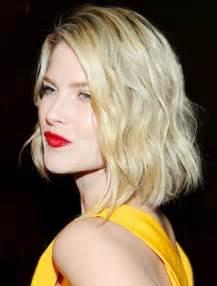 blunt cut bob hairstyle photos blunt bob haircuts medium hairstyle with blonde hair