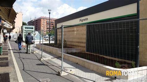 controllo permesso di soggiorno roma metro c fermato per un controllo alla stazione pigneto