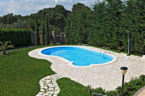 piscina in giardino qual 232 la posizione migliore dove collocare la piscina