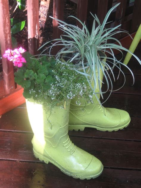 Garden Boot Planter by 17 Best Images About Garden Boots On Gardens