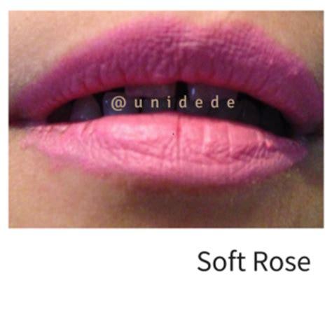 The One Colour Unlimited Matte Lipstick Coral Matte the one unlimited matte lipstick dari oriflame