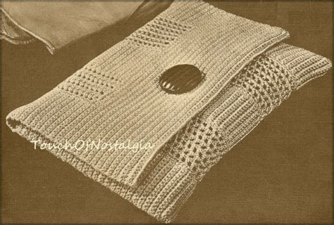 use this envelope purse free crochet pattern to create a envelope clutch crochet pattern chic style envelope