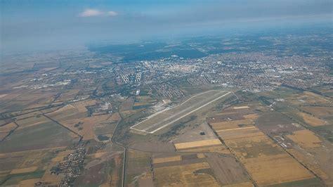 debrecen international airport wikipedia