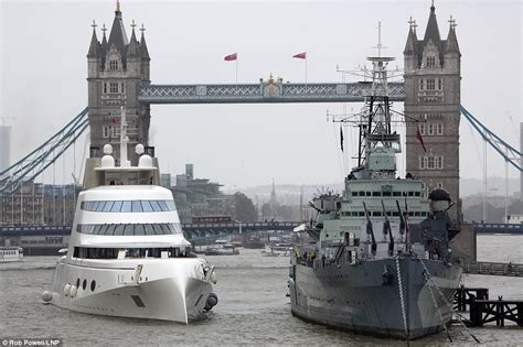 russian tycoon bombproof superyacht on the river thames andrey melnichenko moors his 163 225m motor yacht a on the