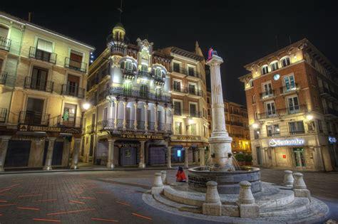 fondos de pantalla  espana casa teruel aragon calle noche hdr acera ciudades descargar
