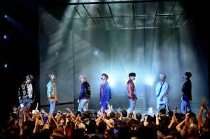 bts on ama bts performance on amas 2017 celebrity reactions on