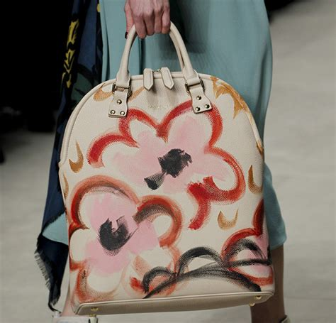 Burberry 2008 Handbags Runway Review by Burberry Fall 2014 Runway Bags 29 For Best Designer