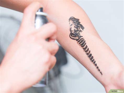 tattoo with eyeliner and hairspray 4 cara untuk membuat tato sementara dengan eyeliner wikihow