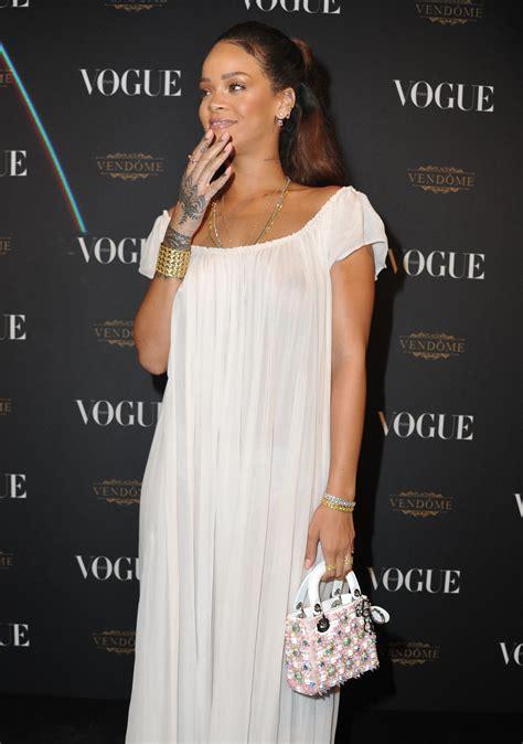 Rihanna See Through Paparazzi Photos The Fappening News