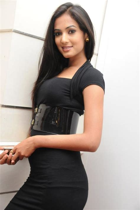 sonal chauhan dead sonal chauhan indian fashion model hollywood teen gallery