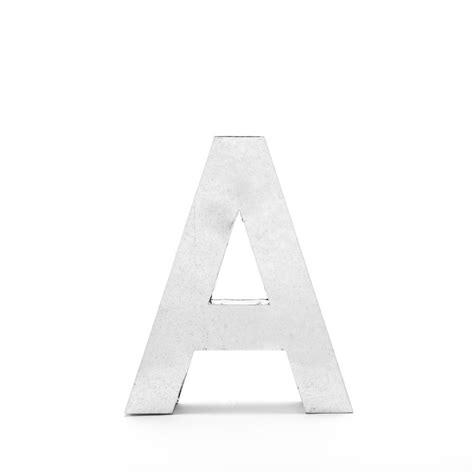 lettere seletti lettres metalvetica 100 seletti a cerise sur la deco