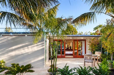 beautiful What Is A Bungalow Style House #3: Montecito-Beach-Villa-Mid-Century-Modern-Architecture_6.jpg