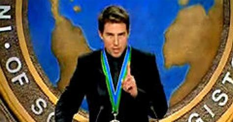 Tom Cruise Attacks Nyc Hollyscoop by Tom Cruises For Converts Using 9 11 Ny Daily News