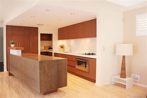 factors to consider while choosing a kitchen cabinet