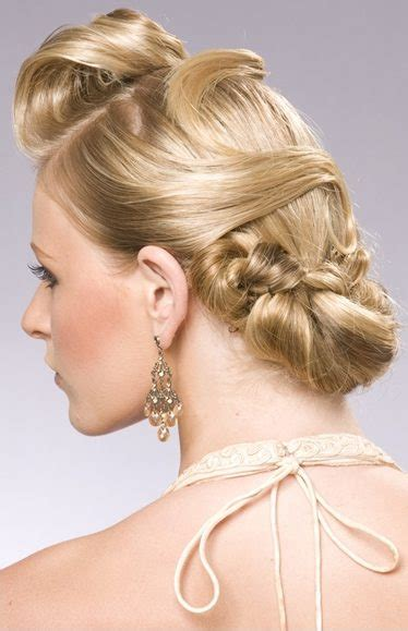 Wedding Hairstyles For Faces 2011 by Choose Your 2011 Wedding Hairstyle Topweddingsites