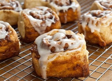 make mom something sweet 10 breakfast treats for mother s day huffpost