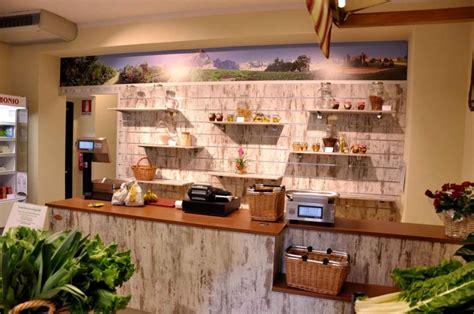 marcato arredamenti arredamenti per frutta e verdura progettazione e produzione